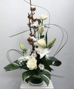 white-cotton-arrangement
