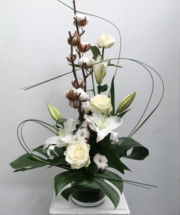white-cotton-arrangement